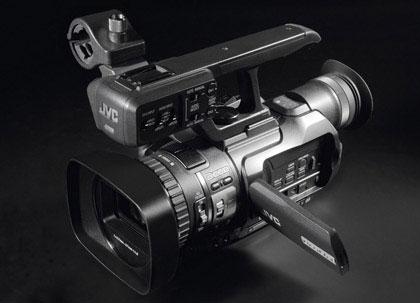 Видеокамера высокой чёткости JVC GY-HM100E