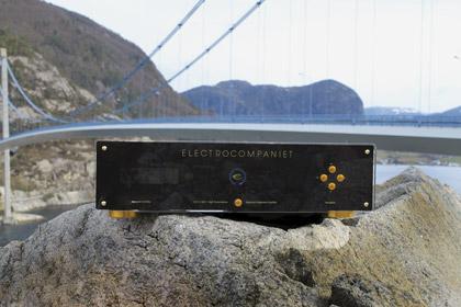 Балансный интегральный усилитель Electrocompaniet ECI 5 MKII