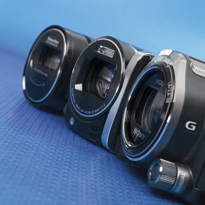 Видеокамеры Full HD со встроенной флэш-памятью