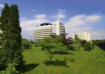Iris hotel.tif