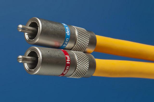 Межблочные кабели Van den Hul серии 3T
