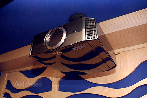 JVC-projector
