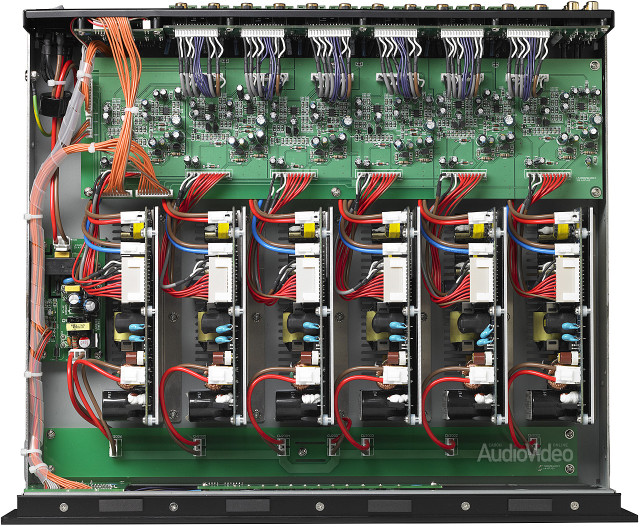 Parasound_ZoneMaster_1250_inside_black