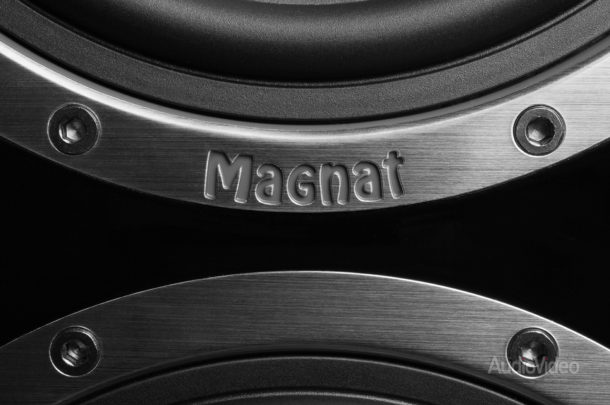 Magnat-Shadow-209-10