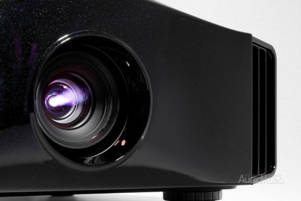 Видеопроектор DreamVision Siglos 1 Ultra