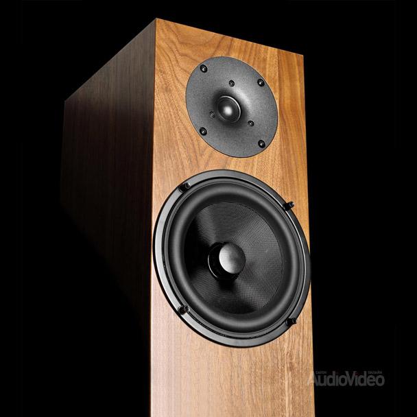 AUDIO PHYSIC: большой звук от маленьких колонок