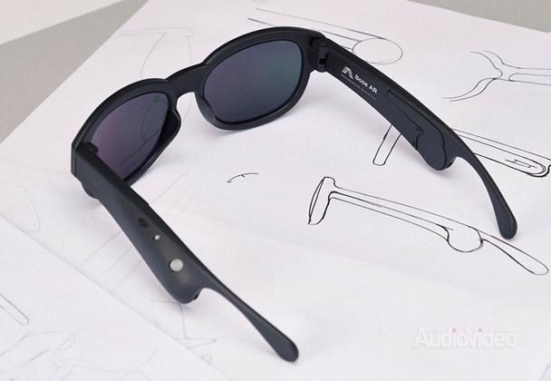 О чем говорят очки BOSE?
