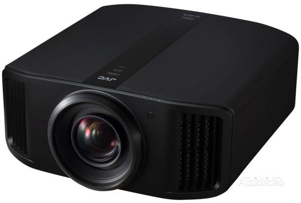 JVC представила первый в мире 8К проектор