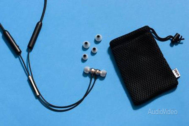 RHA увлеклась Bluetooth