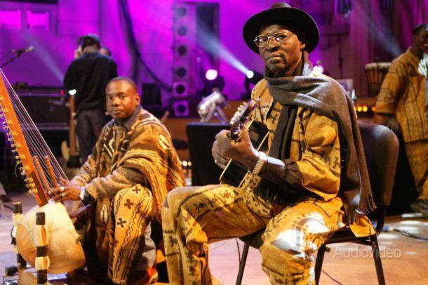 Али Фарка Туре, мастер африканского блюза