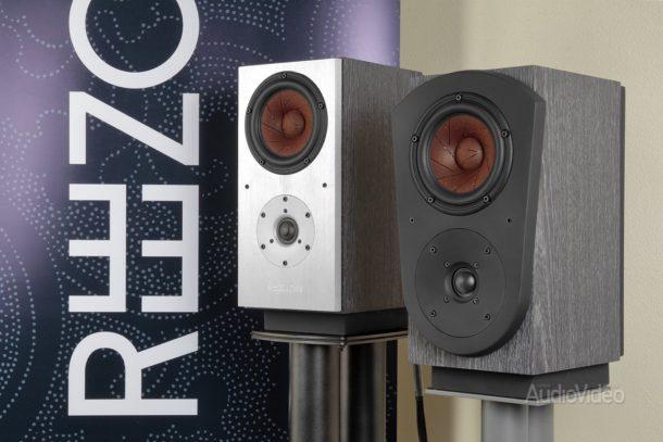 Полочные мониторы Reezoldini Audio JerichoS4 и MasterM4