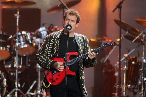 Джонни Клегг и его песни, полные радости и надежды
