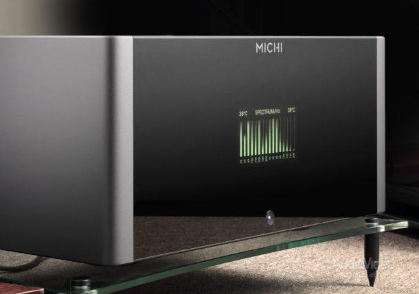 Предварительный усилитель Michi P5 и моноблоки M8