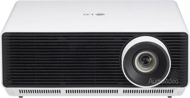 Компактный и мощный лазерный проектор LG