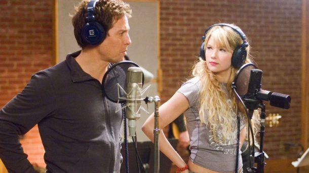 Как заставить петь того, кто не умеет петь: опыт Хью Гранта